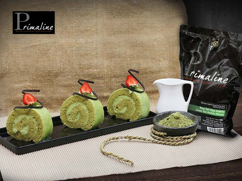 Green tea Swiss Roll